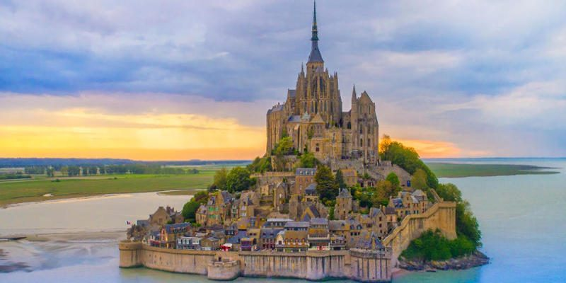 10 fascinating facts about mont saint michel the medieval city on a rock - Saint james mont saint michel ...