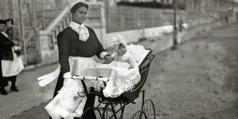 Vintage Baby Carriages of Bygone Times – 5-Minute History